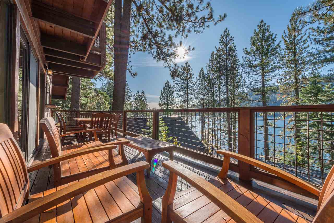 Single Family Homes por un Venta en 14410 Donner Pass Road Truckee, California 96161 Estados Unidos