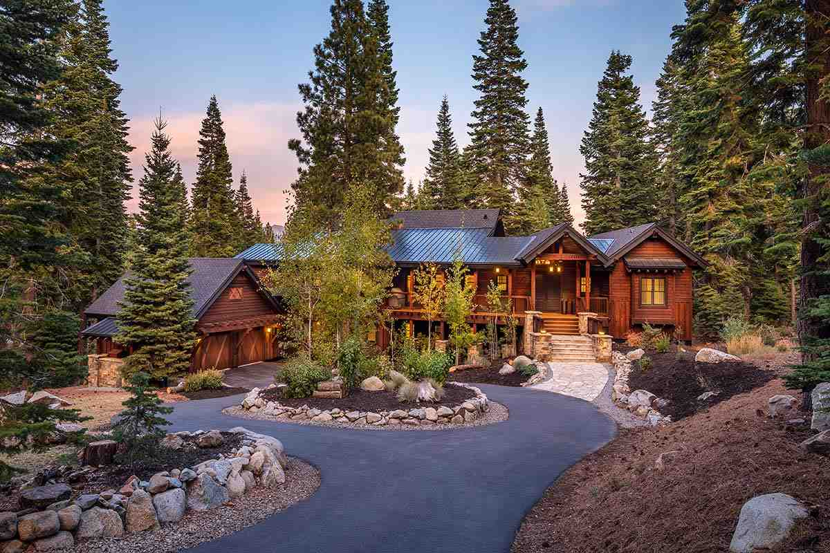 Single Family Homes for Active at 10645 Olana Drive Truckee, California 96161 United States
