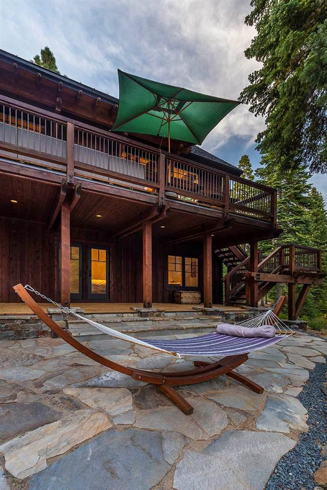 Additional photo for property listing at 10645 Olana Drive Truckee, California 96161 United States