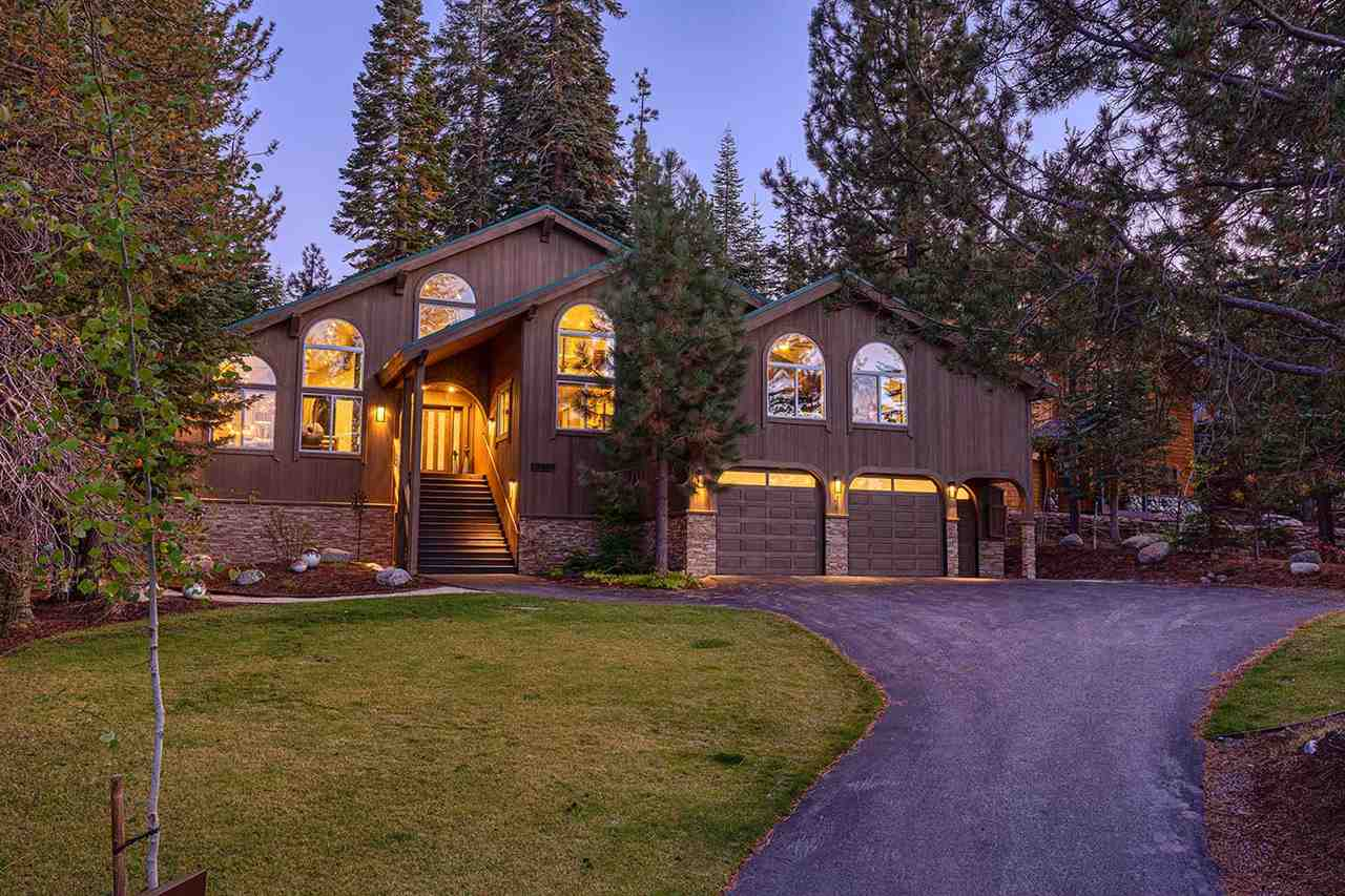 Single Family Homes for Active at 12561 Snowpeak Way Truckee, California 96161 United States