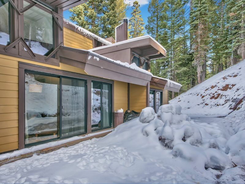 Additional photo for property listing at 2090 Chalet Road Alpine Meadows, California 96146 United States