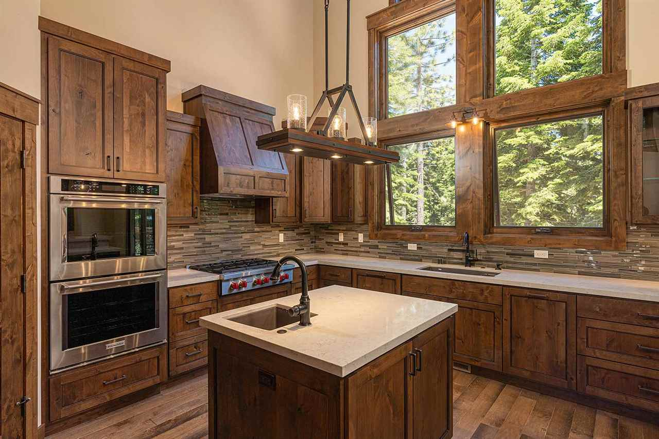 Additional photo for property listing at 14643 Tyrol Road Truckee, California 96161 United States