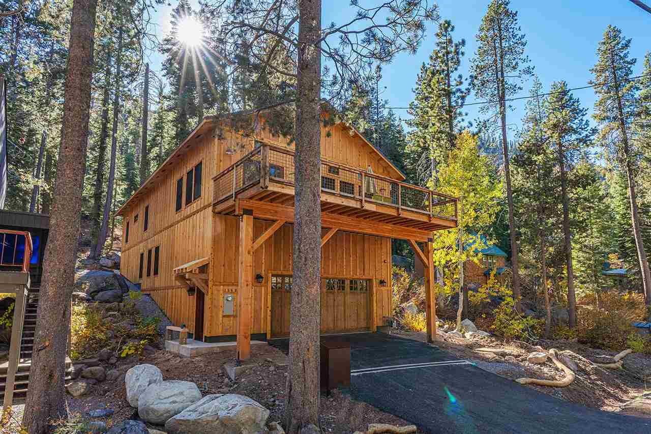 Single Family Homes for Active at 15691 Conifer Drive Truckee, California 96161 United States