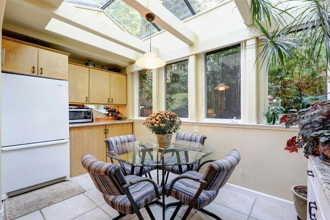 Additional photo for property listing at 12930 Summit Ridge Drive Nevada City, California 95959 United States
