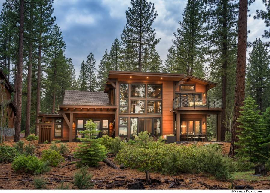 Single Family Homes for Active at 9273 Heartwood Drive Truckee, California 96161 United States
