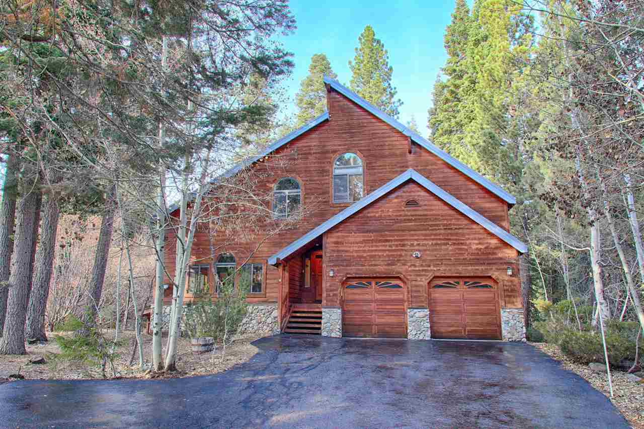 Single Family Homes por un Venta en 12140 Saint Bernard Drive Truckee, California 96161 Estados Unidos