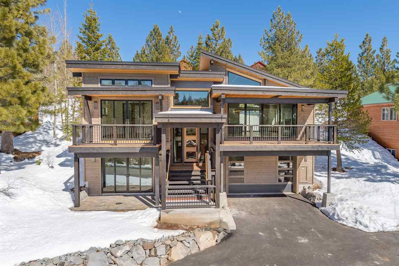 Single Family Homes for Active at 15219 Wolfgang Road Truckee, California 96161 United States