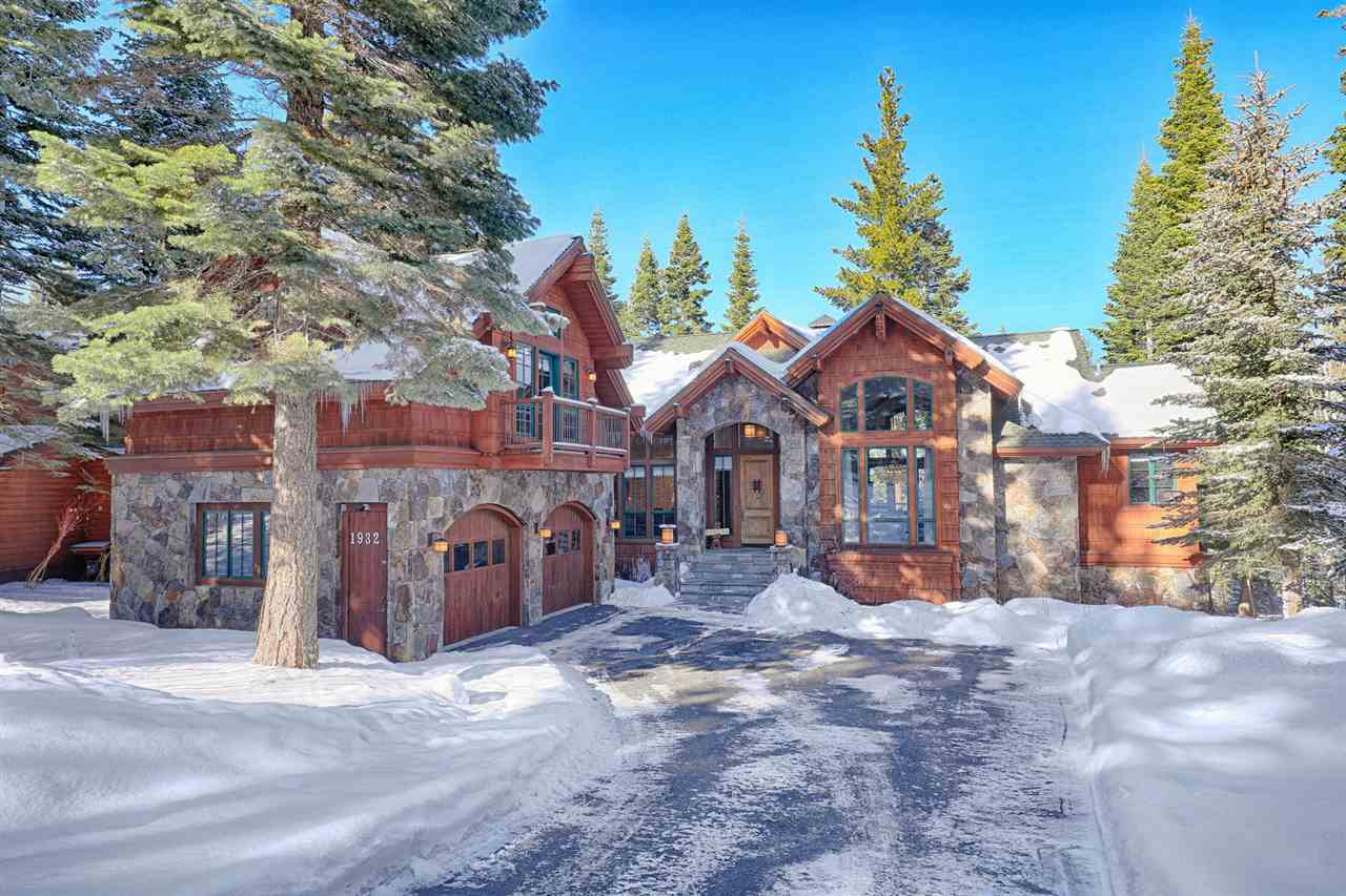 Single Family Homes for Active at 1932 Gray Wolf Truckee, California 96161 United States