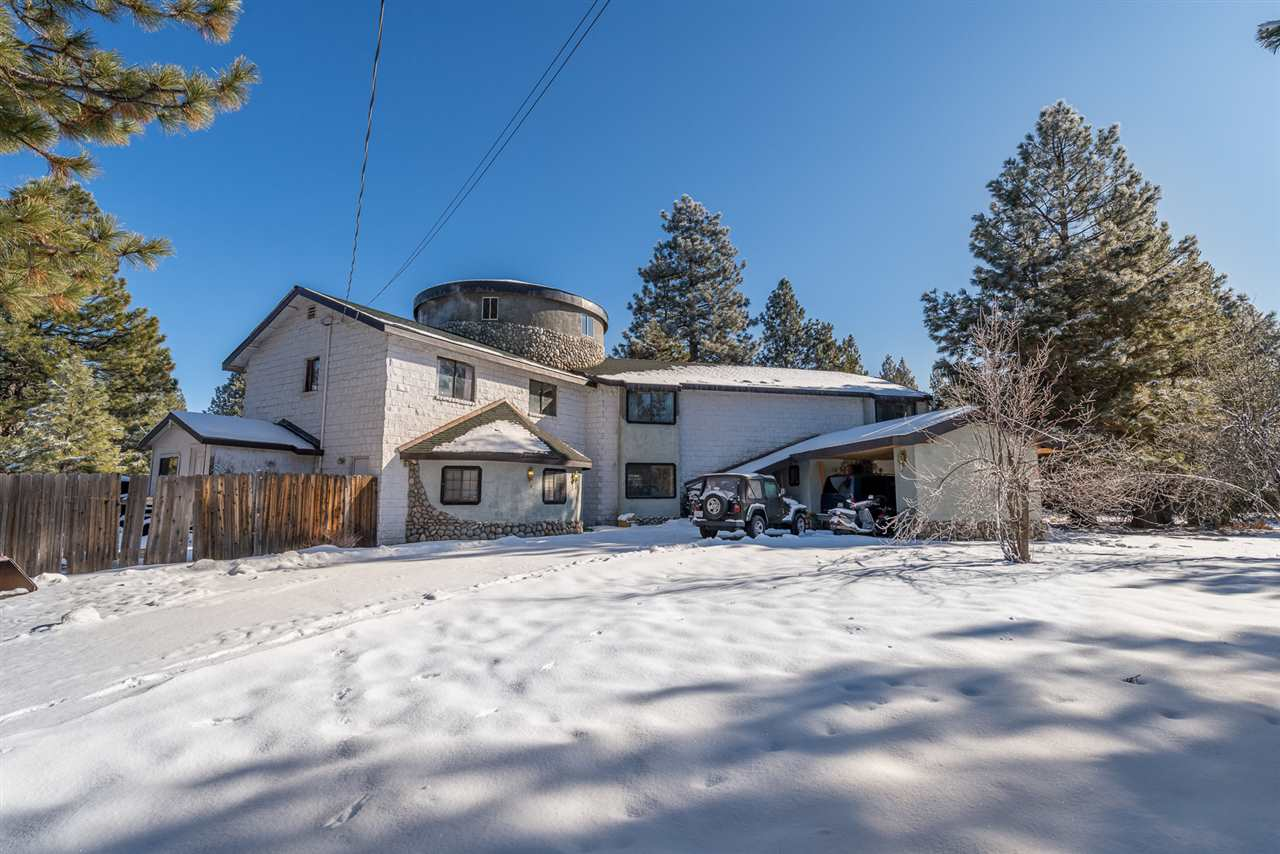 Single Family Homes for Active at 12822 Green Pasture Drive Truckee, California 96161 United States