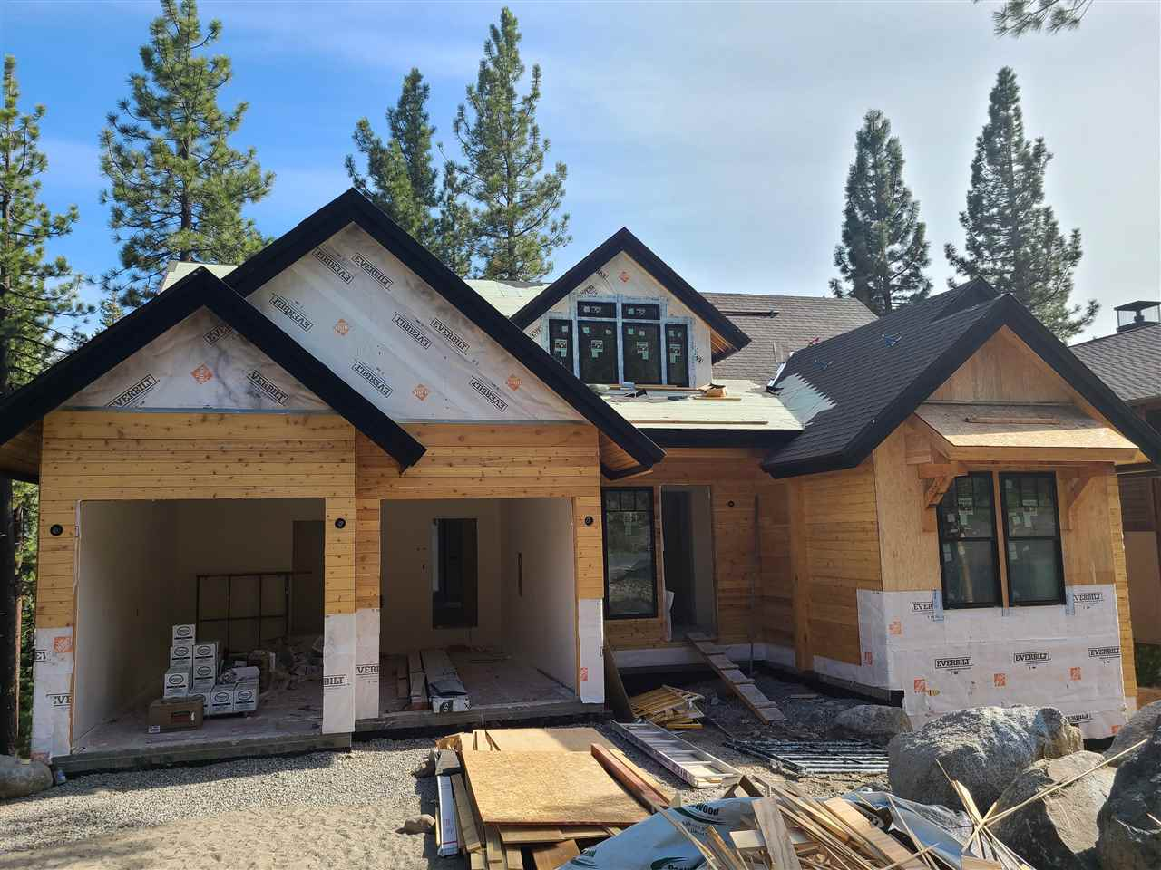 Single Family Homes for Active at 12081 Lamplighter Way Truckee, California 96161 United States