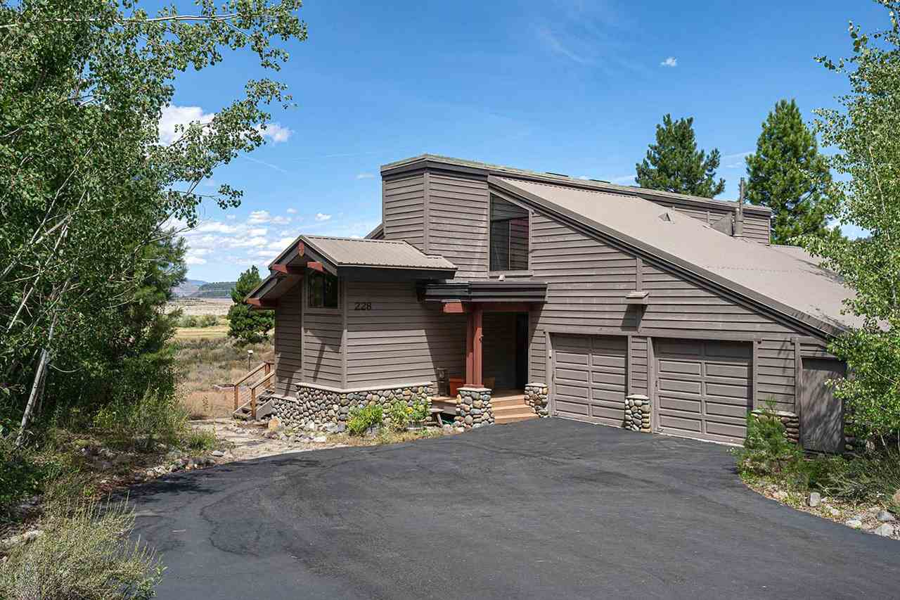 Single Family Homes for Active at 228 Whistle Punk Truckee, California 96161 United States