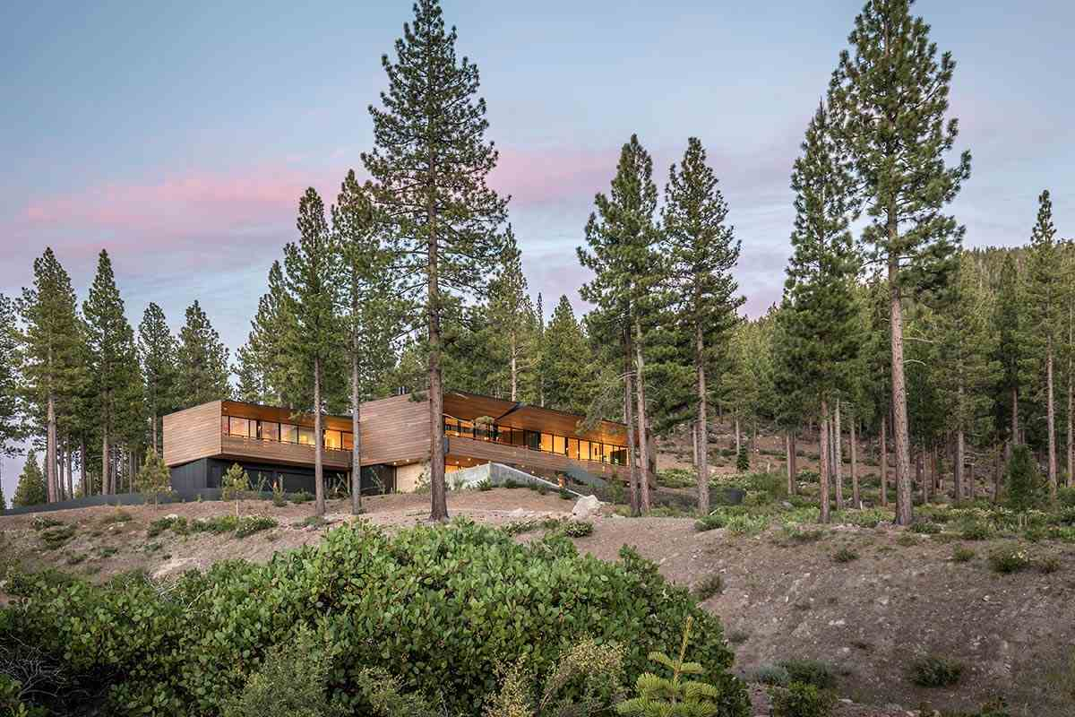 Single Family Homes por un Venta en 8100 Fallen Leaf Way Truckee, California 96161 Estados Unidos