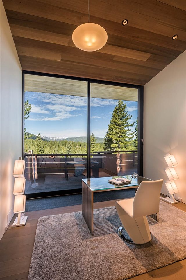 Additional photo for property listing at 8100 Fallen Leaf Way Truckee, California 96161 United States