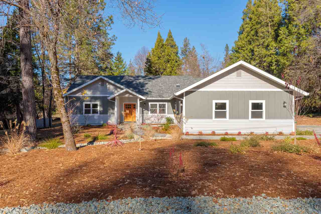 Single Family Homes for Active at 13408 Evergreen Drive Nevada City, California 95959 United States