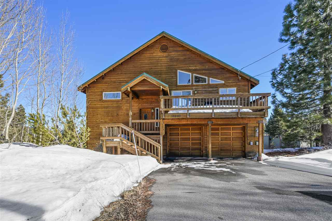 Single Family Homes for Active at 13330 Hillside Drive Truckee, California 96161 United States