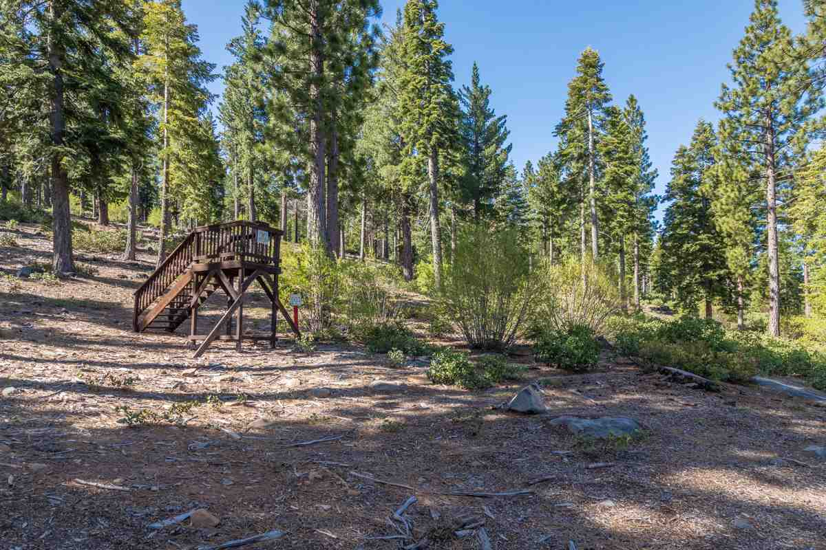 Land for Active at 9474 Clermont Court Truckee, California 96161 United States