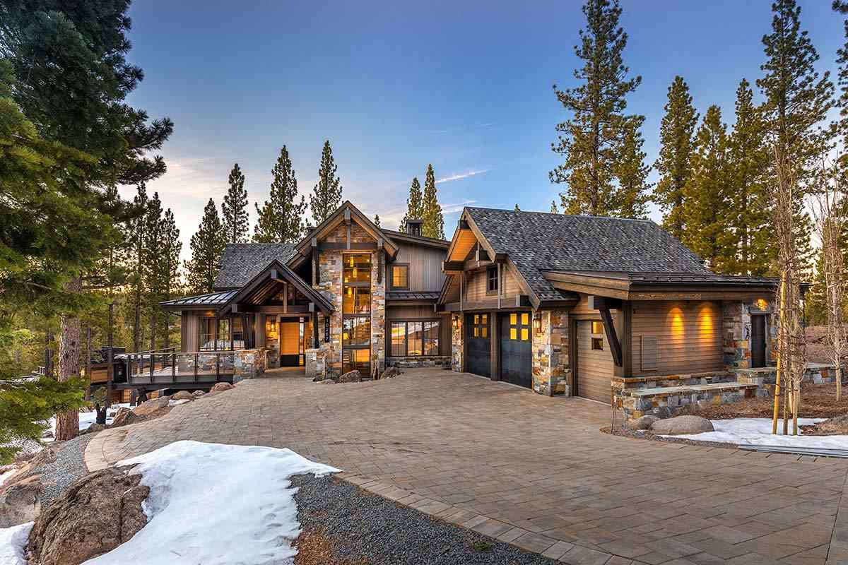 Single Family Homes for Active at 10287 Hermitage Court Truckee, California 96161 United States