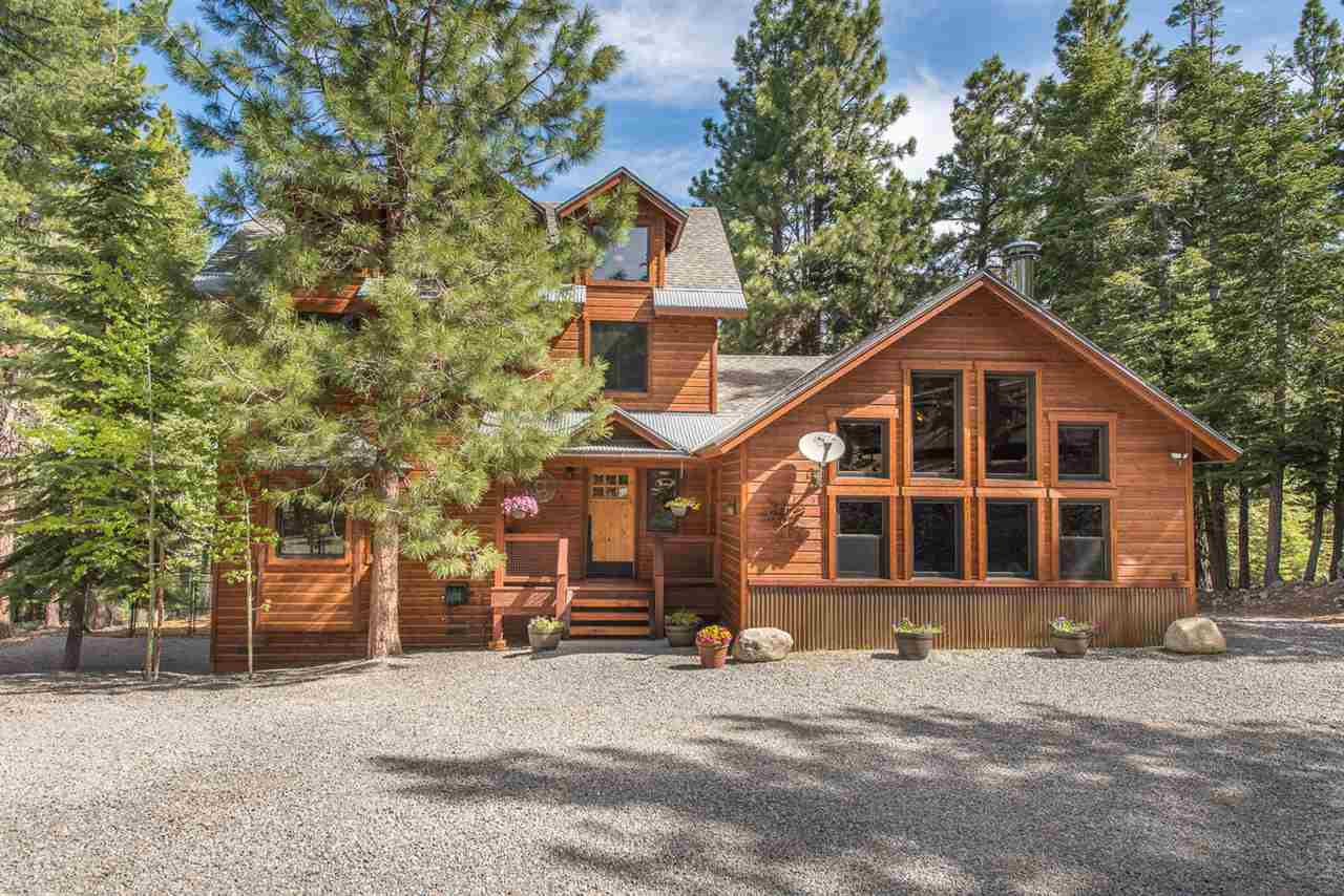 Single Family Homes for Active at 15522 Foxboro Drive Truckee, California 96161 United States