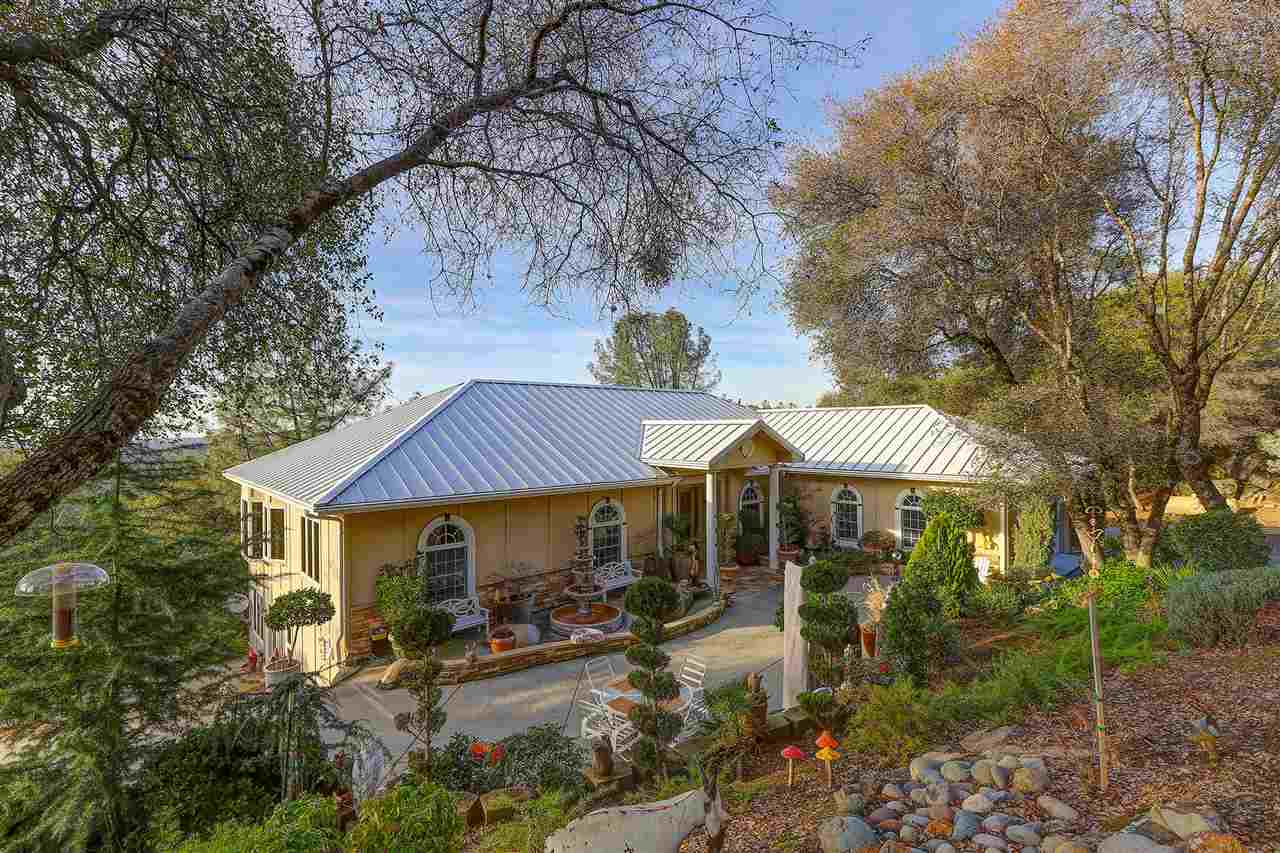 Single Family Homes for Active at 14300 Chukar Drive Grass Valley, California 95949 United States
