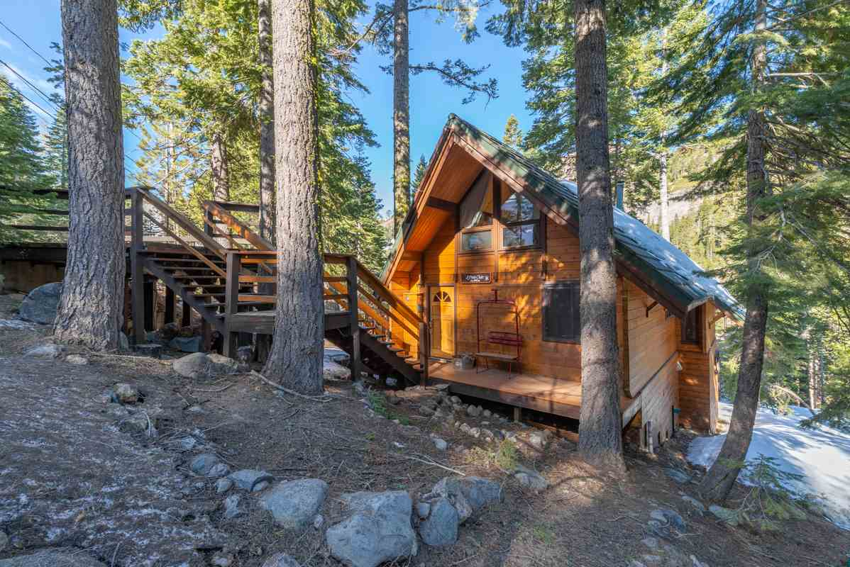 Single Family Homes por un Venta en 1670 Upper Bench Road Tahoe City, California 96146 Estados Unidos