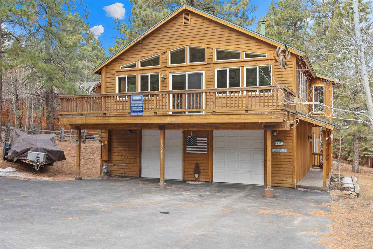 Single Family Homes for Active at 10376 The Strand Truckee, California 96161 United States