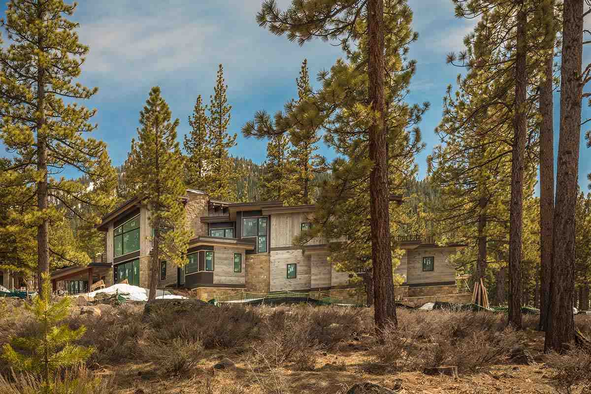 Single Family Homes por un Venta en 8172 Villandry Drive Truckee, California 96161 Estados Unidos