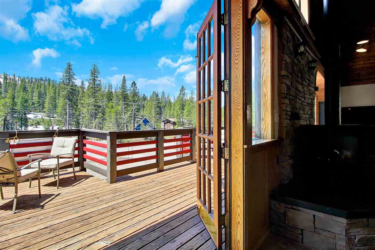 Additional photo for property listing at 21728 Donner Pass Road Truckee, California 95728 Estados Unidos