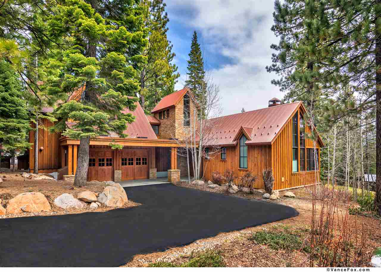 Single Family Homes for Active at 8625 Huntington Court Truckee, California 96161 United States