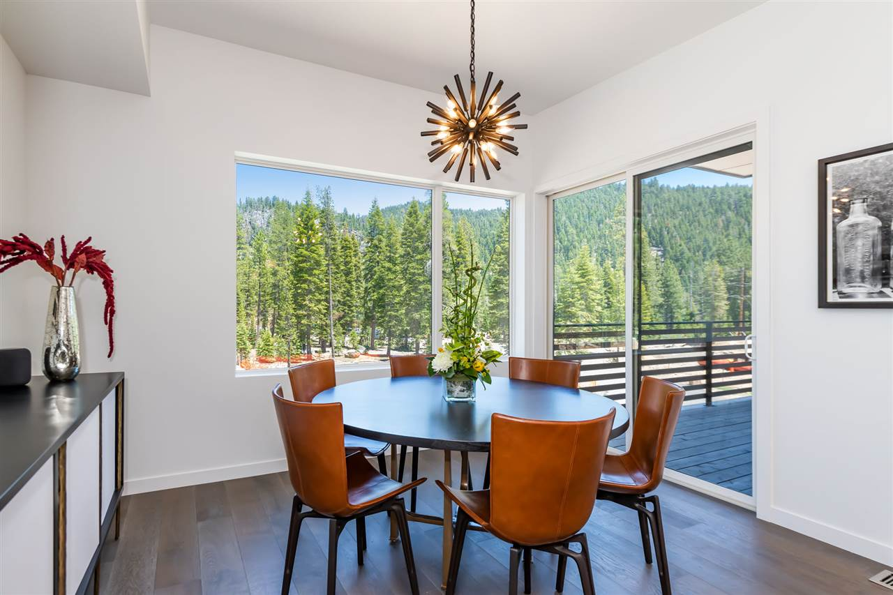 Additional photo for property listing at Olympic Valley, California Estados Unidos