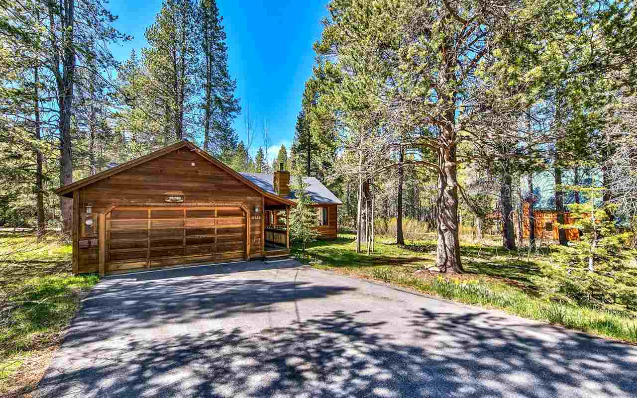 Additional photo for property listing at 12520 Saint Bernard Drive Truckee, California 96161 Estados Unidos