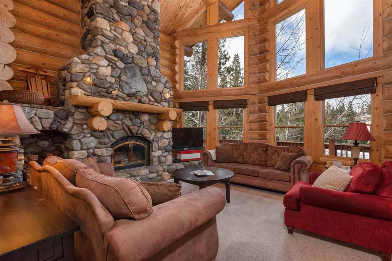 Additional photo for property listing at 11726 Kitzbuhel Road Truckee, California 96161 Estados Unidos