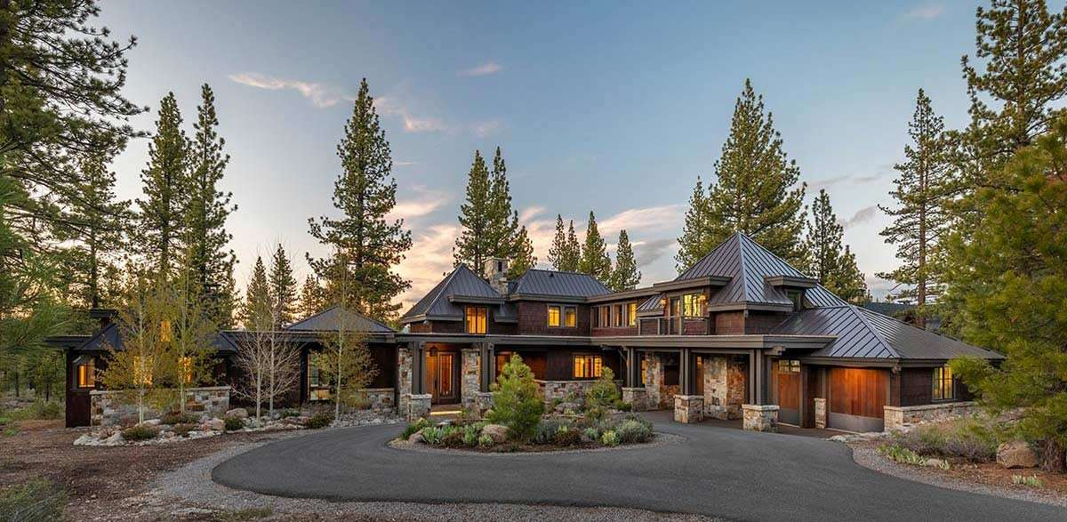 Single Family Homes por un Venta en 9630 Dunsmuir Way Truckee, California 96161 Estados Unidos
