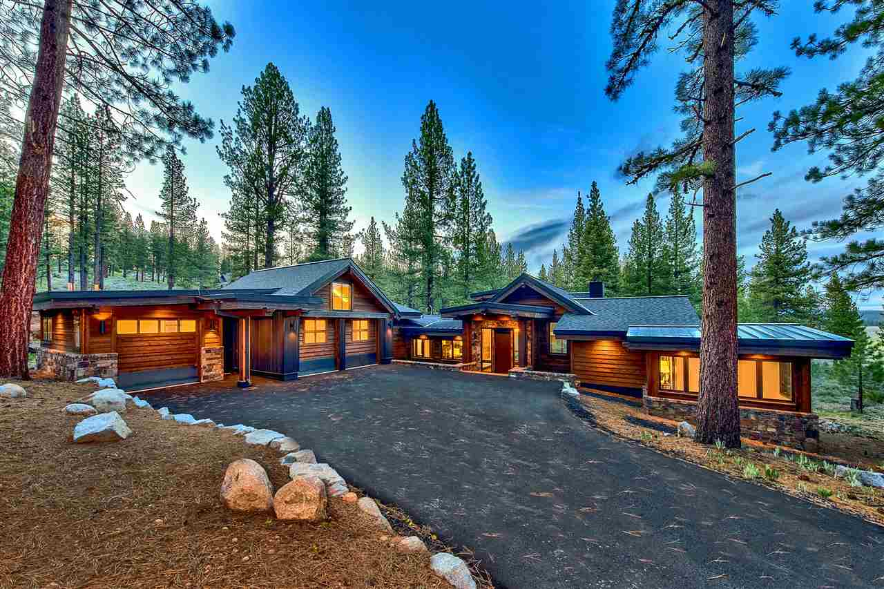 Single Family Homes for Active at 7425 Lahontan Drive Truckee, California 96161 United States