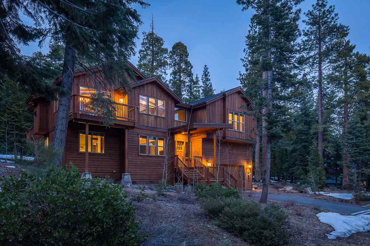 Single Family Homes for Active at 370 Granite Road Agate Bay, California 96140 United States