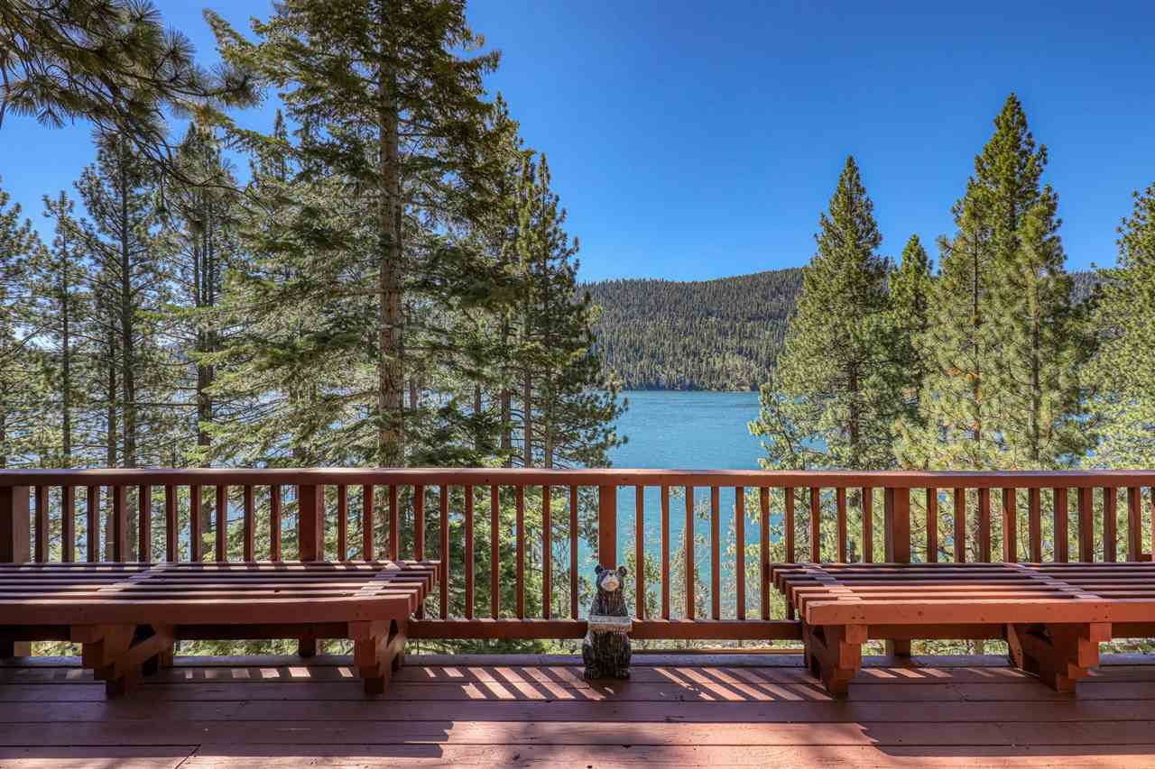 Life at the lake is always better! Amazing Donner Lake Views from almost every room. This cozy cabin offers easy lake access, comfortable 3 bedrooms and 2 bathrooms with two decks looking at the lake. Enjoy morning coffee in the kitchen looking at the lake, or sit out on the deck and watch the stars come out in the evening.