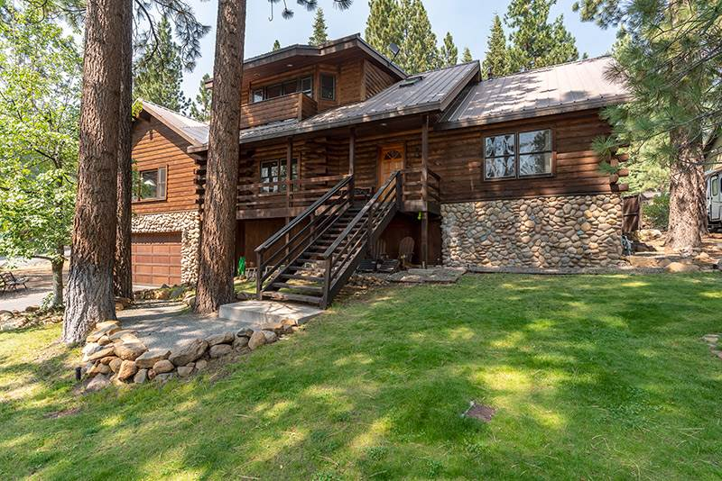 Single Family Homes for Active at 7803 Tiger Avenue Tahoe Vista, California 96148 United States