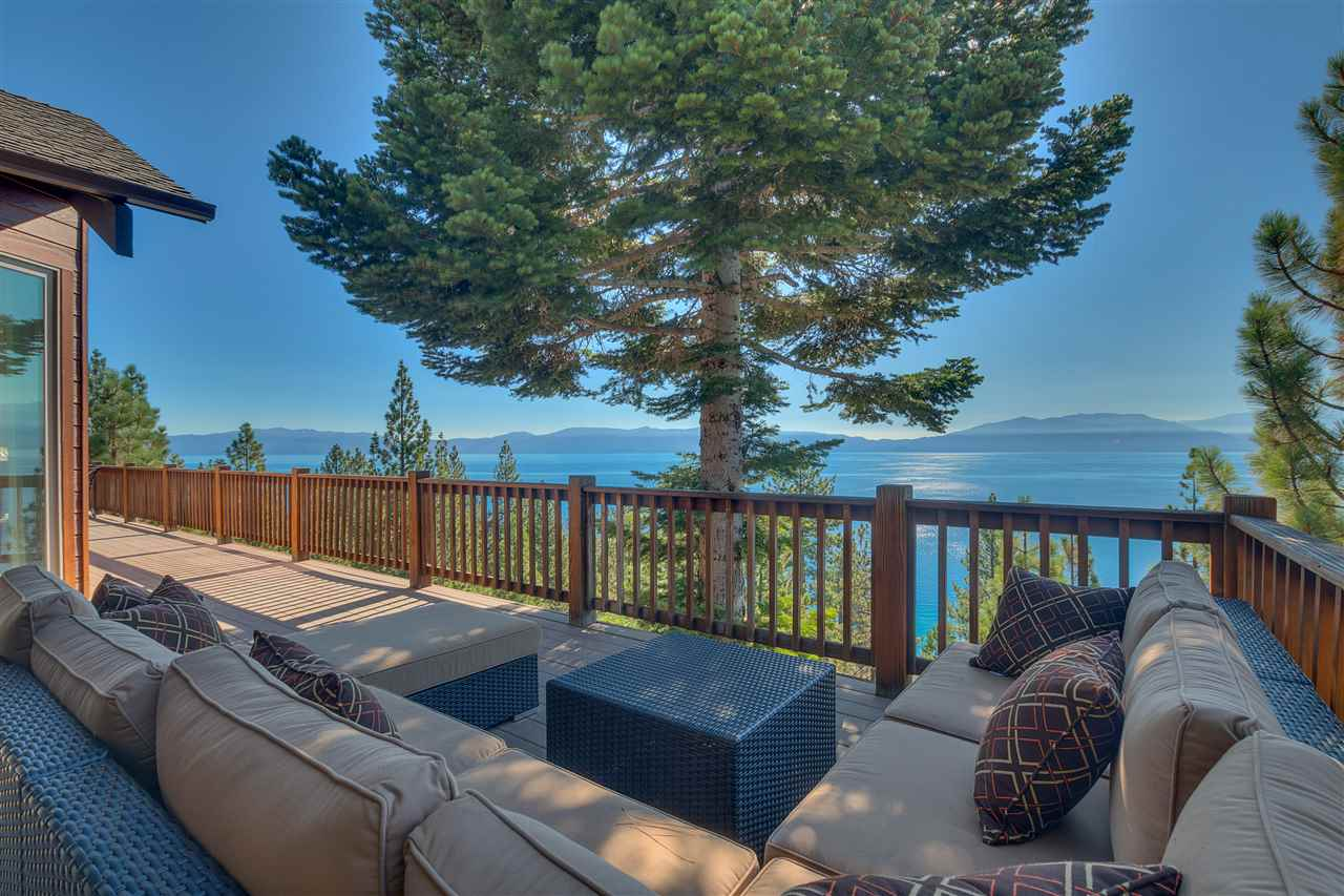 Single Family Homes for Active at 409 Lakeview Drive Meeks Bay, California 96142 United States