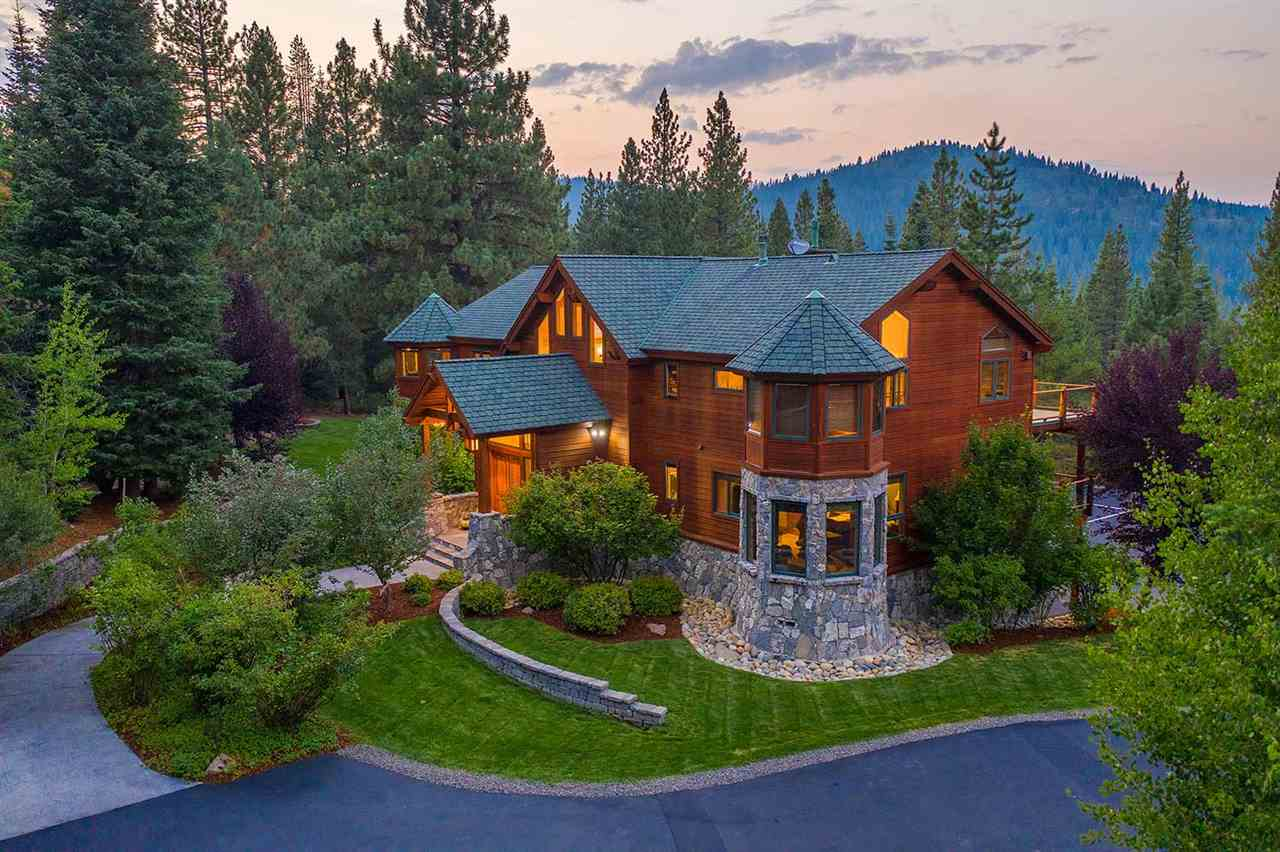 Single Family Homes for Active at 12429 Stony Creek Court Truckee, California 96161 United States