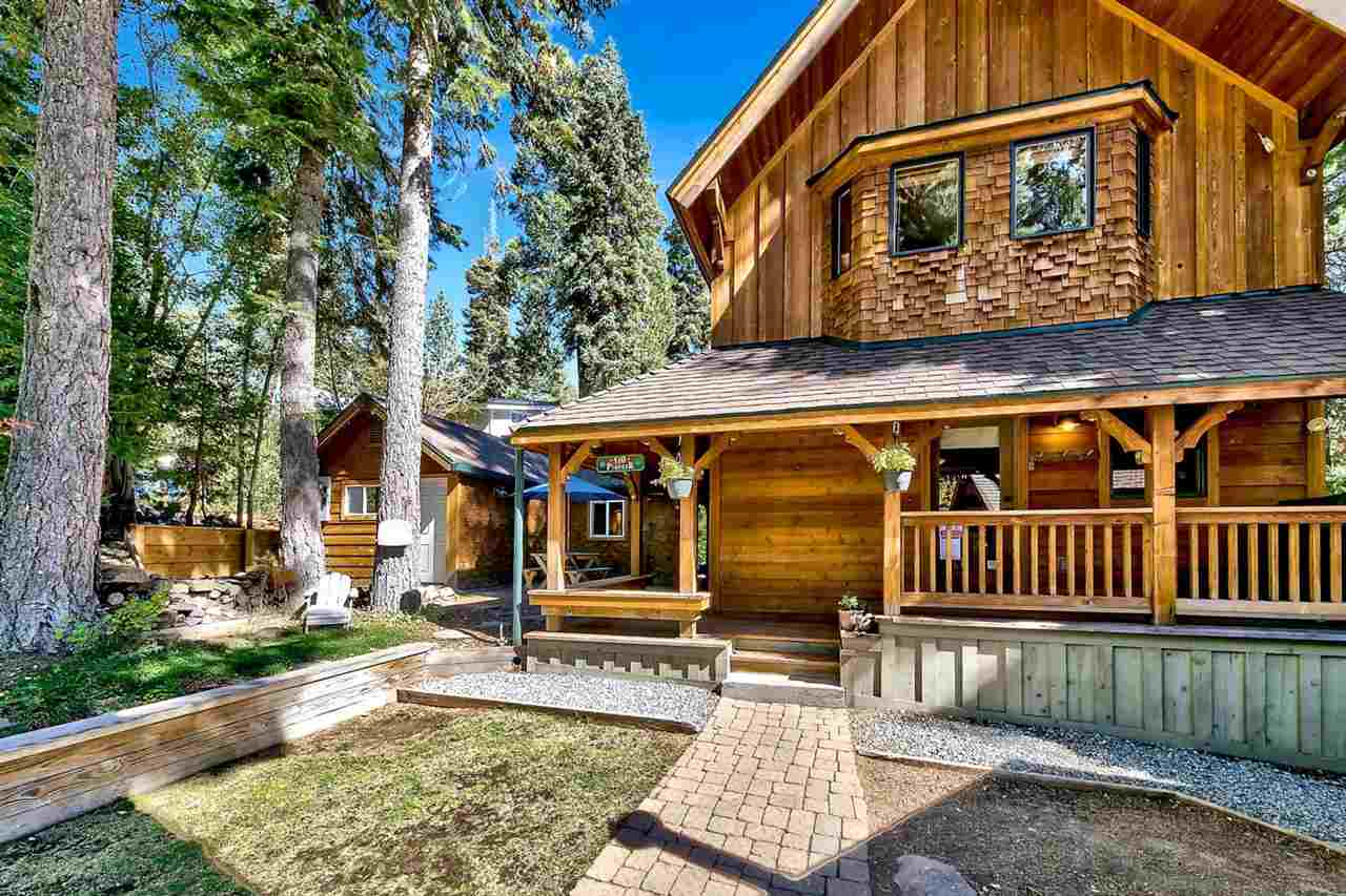 Single Family Homes por un Venta en 510 Pioneer Way Tahoe City, California 96145 Estados Unidos