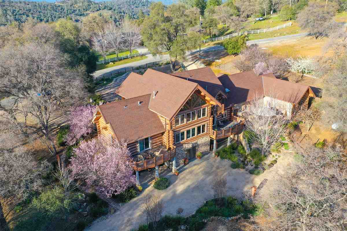 Single Family Homes for Active at 20059 Wildwood West Drive Penn Valley, California 95946 United States