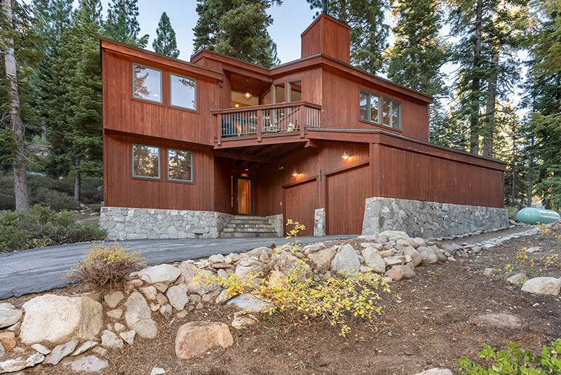 Single Family Homes for Active at 2080 Big John Road Alpine Meadows, California 96146 United States