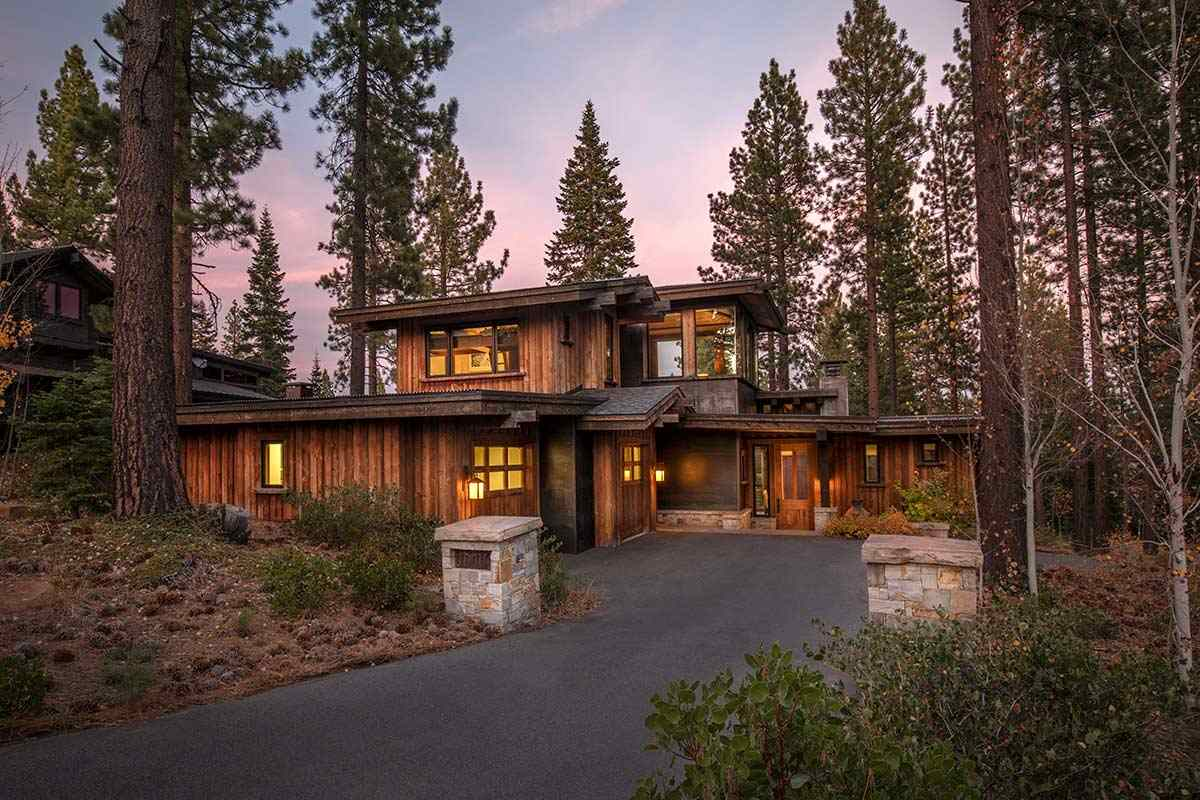 Single Family Homes for Active at 10706 Avoca Circle Truckee, California 96161 United States