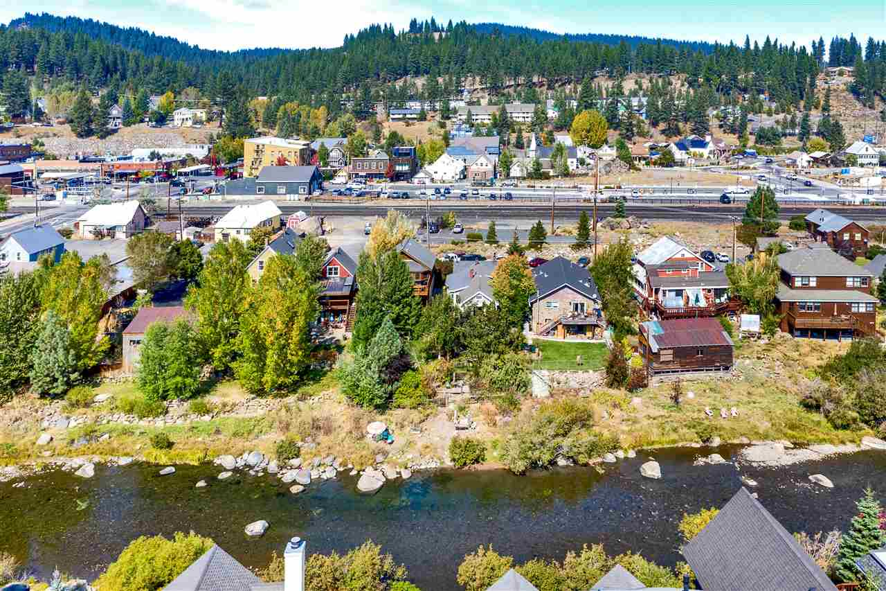 Multi-Family Homes for Active at 10061 East River Street Truckee, California 96161 United States