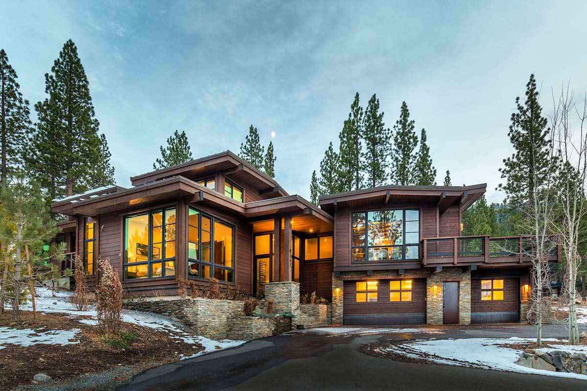 Single Family Homes for Active at 8262 Ehrman Drive Truckee, California 96161 United States