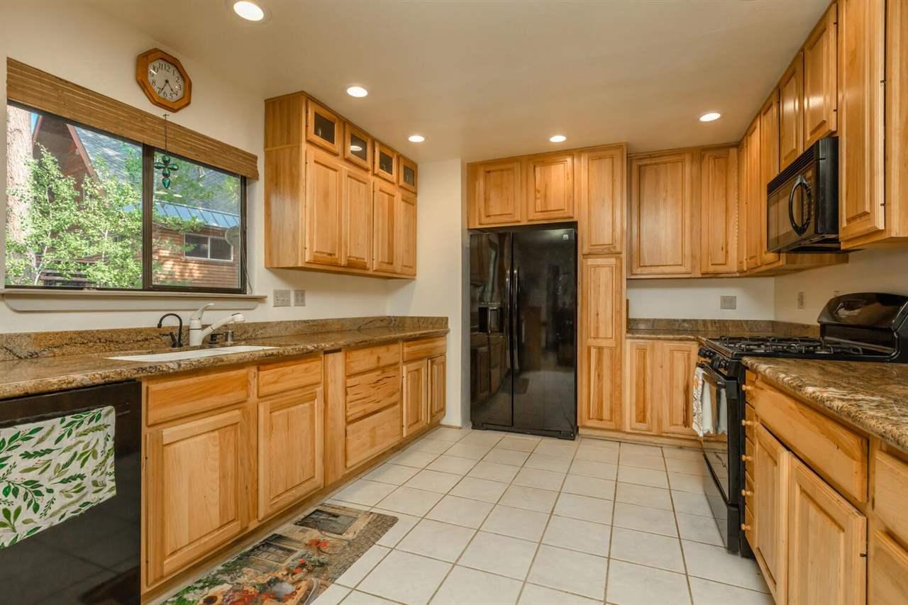 3960 Lacrosse Drive, Carnelian Bay, CA 96140