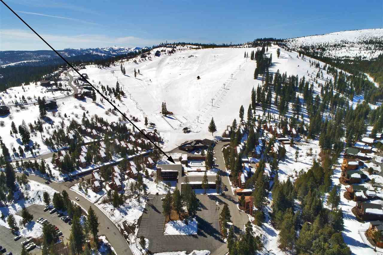 11591 Snowpeak Way, Truckee, CA 96161