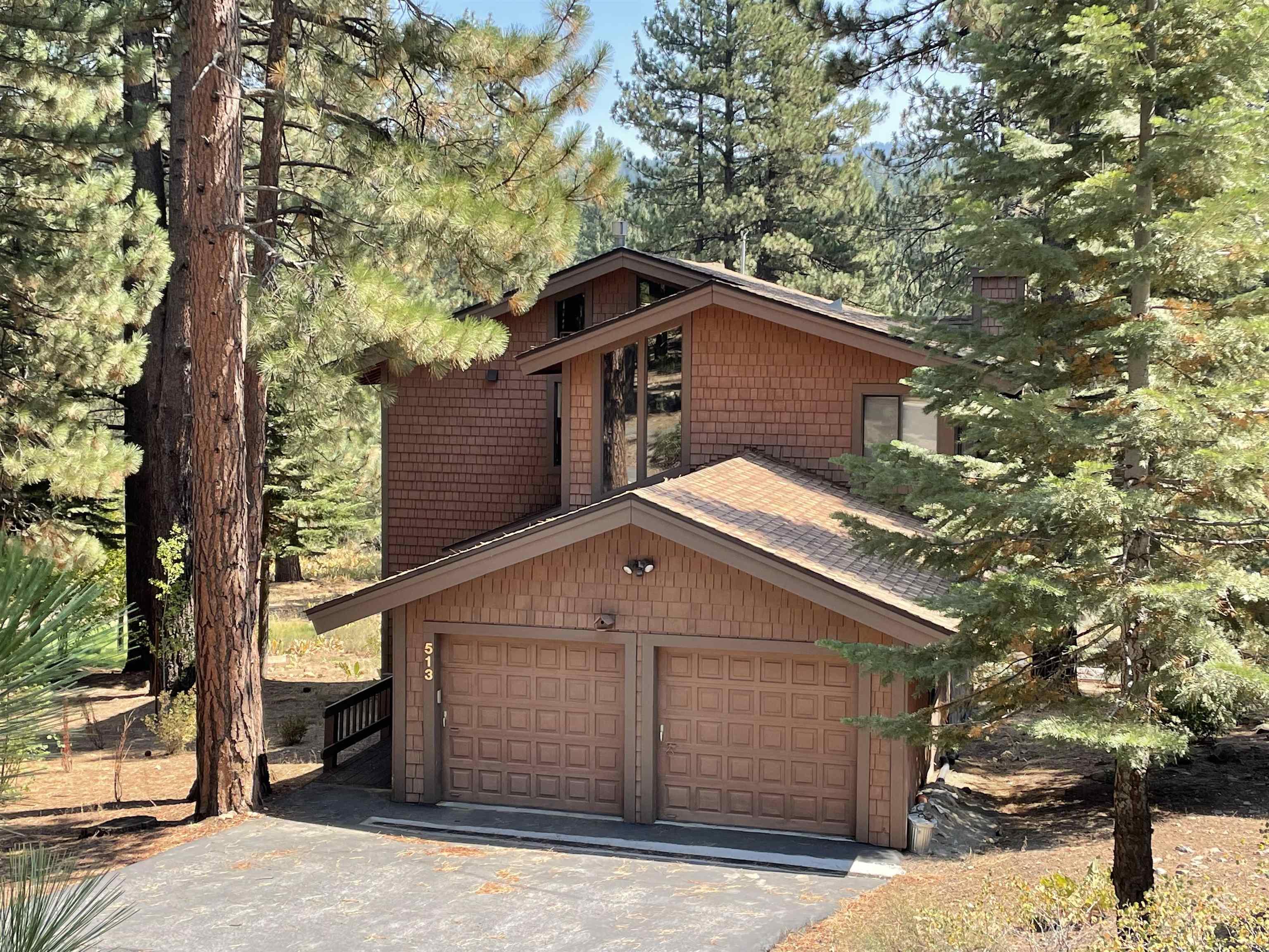 513 Wolf Tree, Truckee, CA 96161