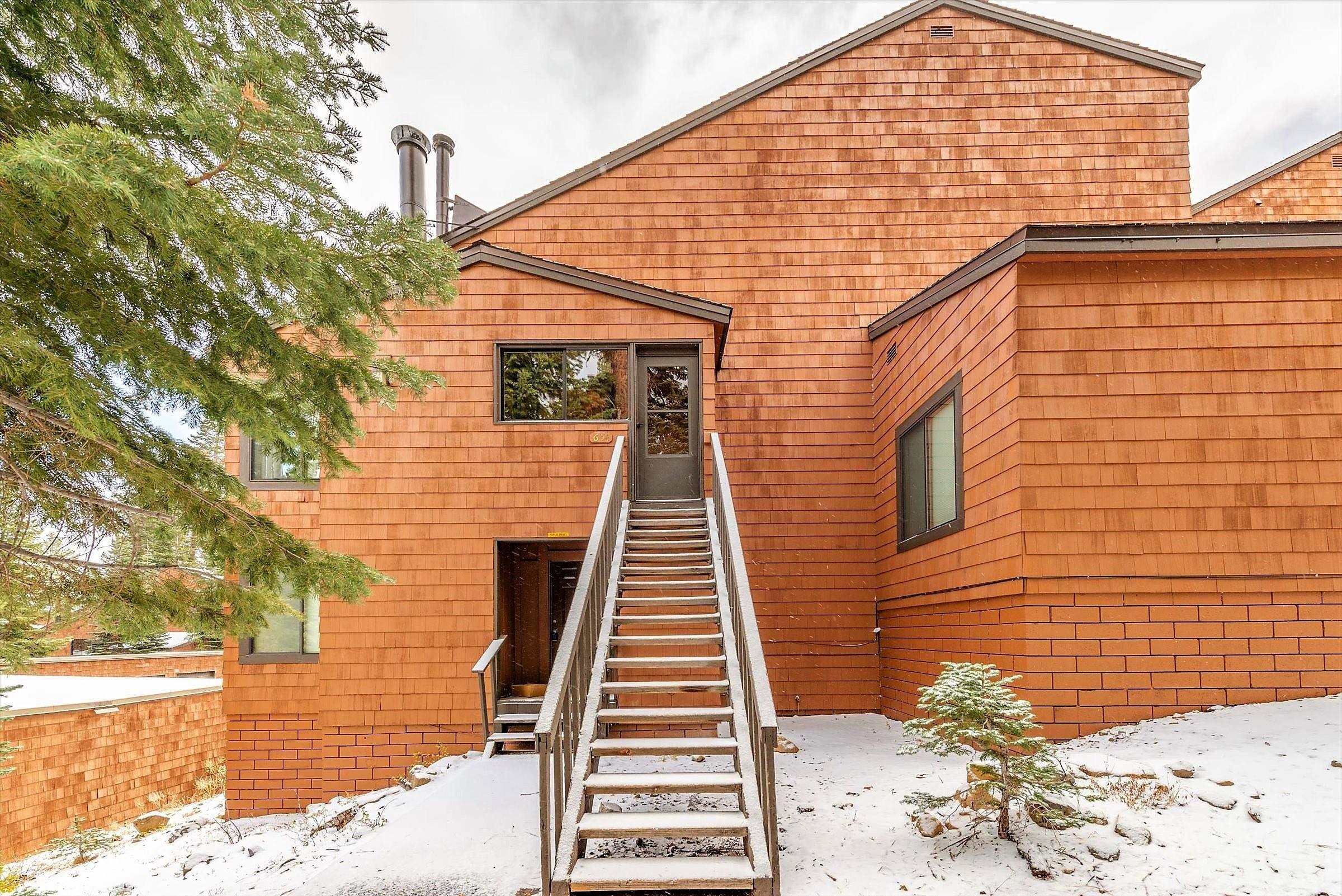 11571 Snowpeak Way 654, Truckee, CA 96161
